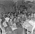 Leden van de kibboets bij de viering van sederavond, Bestanddeelnr 255-0659.jpg