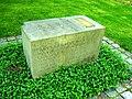 Leipzig Südfriedhof - Gedenkstein Marinus van der Lubbe.jpg