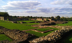 Lesnes Abbey - View of Lesnes Abbey from the southeast of the building.