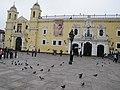 Lima Peru (4870119334).jpg