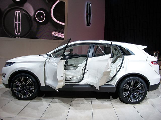 Filelincoln Mkc Concept Side View 2013 Ciasg Wikimedia Commons
