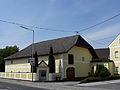 Linz-StMagdalena - Pulvermühlstraße 1 - Hof mit Kapelle.jpg
