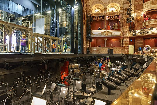 London Coliseum Stage and Orchestra Pit 2018-09-23.jpg