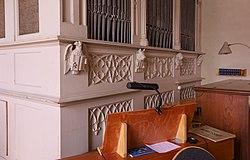 Lonsee Marienkirche Orgel Blendmaßwerk 2019 03 24.jpg