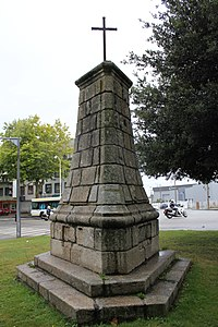 Lorient - monument expiatoire avenue de la Perrière.jpg