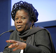 Luisa Dias Diogo - World Economic Forum Annual Meeting Davos 2009 crop.jpg