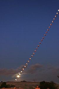 Lunar-eclipse-2004.jpg