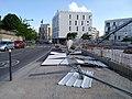 Lyon 8e - Rue Professeur Ranvier - Barrières chantier au sol (mai 2019).jpg