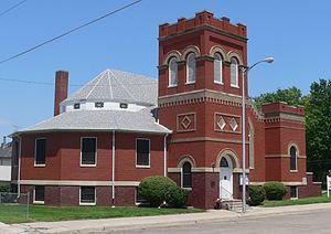 Akron Plan - Image: Madison, Nebraska First Presbyterian from SW 1
