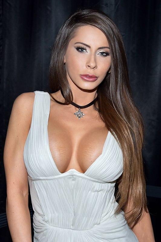 porno-aktrisa-medison