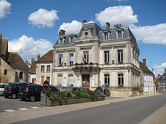 Entrains-sur-Nohain - The town hall in Entrains