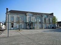Mairie Scaër.JPG