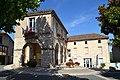 Mairie de Cahuzac-sur-Vère (02).jpg