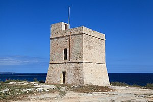 Malta - Naxxar - St. Mark's Tower peninsula - St. Mark's Tower 01 ies.jpg