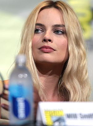 Margot Robbie - Robbie at the 2016 San Diego Comic-Con