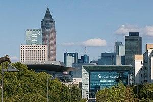 Messe Frankfurt - Image: Messe Frankfurt Hall 11 Portalhaus