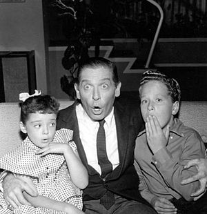 Angela Cartwright - L-R: Angela Cartwright, Milton Berle and Rusty Hamer on TV's Make Room for Daddy