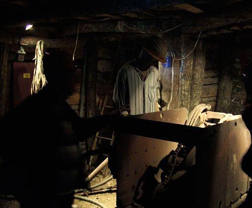 Una galleria del Museo minerario
