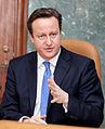 Ministru prezidenta Valda Dombrovska tikšanās ar Apvienotās Karalistes Ministru prezidentu Deividu Kameronu (8515580414) (cropped).jpg