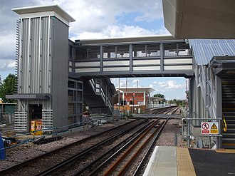 Mitcham Eastfields railway station - Image: Mitcham Eastfields stn southbound look north