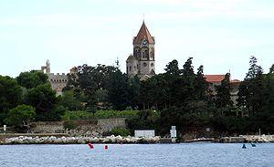 Monastere Ile St Honorat vu de l'ile Ste Marguerite 05