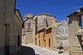 Montealegre de Campos abside y casas viejas lou.jpg