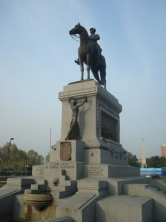 Manuel Baquedano - Monument to Baquedano in Plaza Baquedano, Santiago.