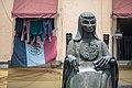Monumento a Sor Juana Inés de la Cruz en el callejón de San Jerónimo.jpg