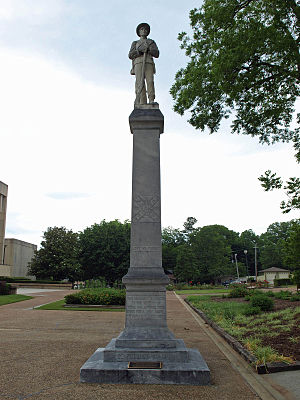Decatur, Alabama - Confederate statue at Morgan County Courthouse in Decatur