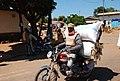 Moto transportant des sacs à Maroua.jpg