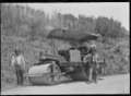 Motor road roller working on the Mangaroa to Kaitoke road. ATLIB 293741.png
