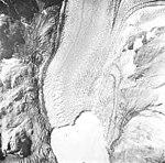 Muir Glacier, tidewater glacier terminus and glacial remnents, August 22, 1965 (GLACIERS 5687).jpg