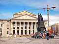 Munich - Nationaltheater and monument.jpg