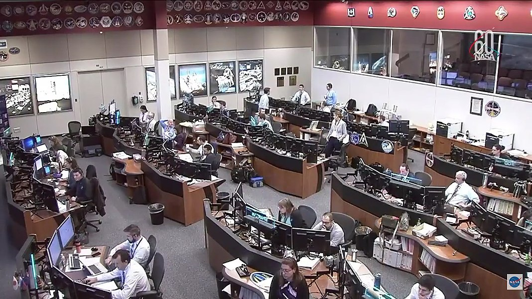 NASA Mission Control following Soyuz MS-10 launch on NASA TV-09.jpg