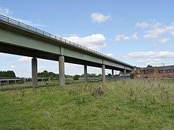 Nether Lock Viaduct (geograph 3129966).jpg