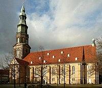 Neustädter Kirche St. Johannes Hannover.jpg