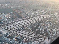 Newark Liberty International Airport - Wikipedia