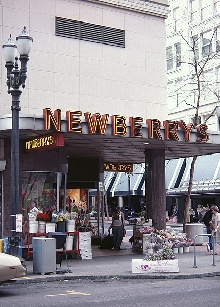 File:Newberry's - Downtown Portland, Oregon (1988).jpg