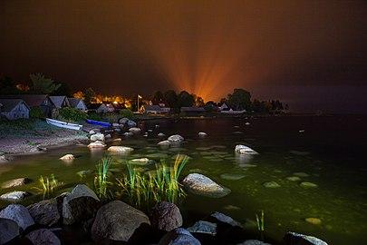 Night view of fishing village Kasmu.jpg