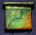 Nuovo regno, pettorale con anubi, in faience, 1550-1069 ac ca. 01.jpg