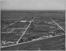 Olivehurst, Sutter County, California. Another air view of Olivehurst tract looking west. - NARA - 521590.jpg