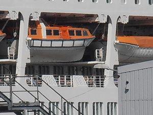 Oriana Lifeboat Tallinn 13 August 2012.JPG