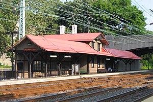 300px-Overbrook_Station_Philadelphia.jpg