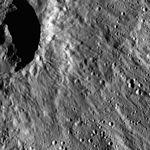 PIA20400-Ceres-DwarfPlanet-Dawn-4thMapOrbit-LAMO-image45-20160125.jpg