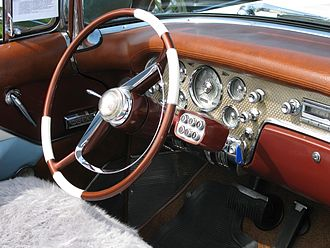 Packard's push-button Ultramatic transmission control pod Packard Ultramatic control.jpg