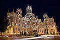 Palacio de Comunicaciones de noche 01.jpg