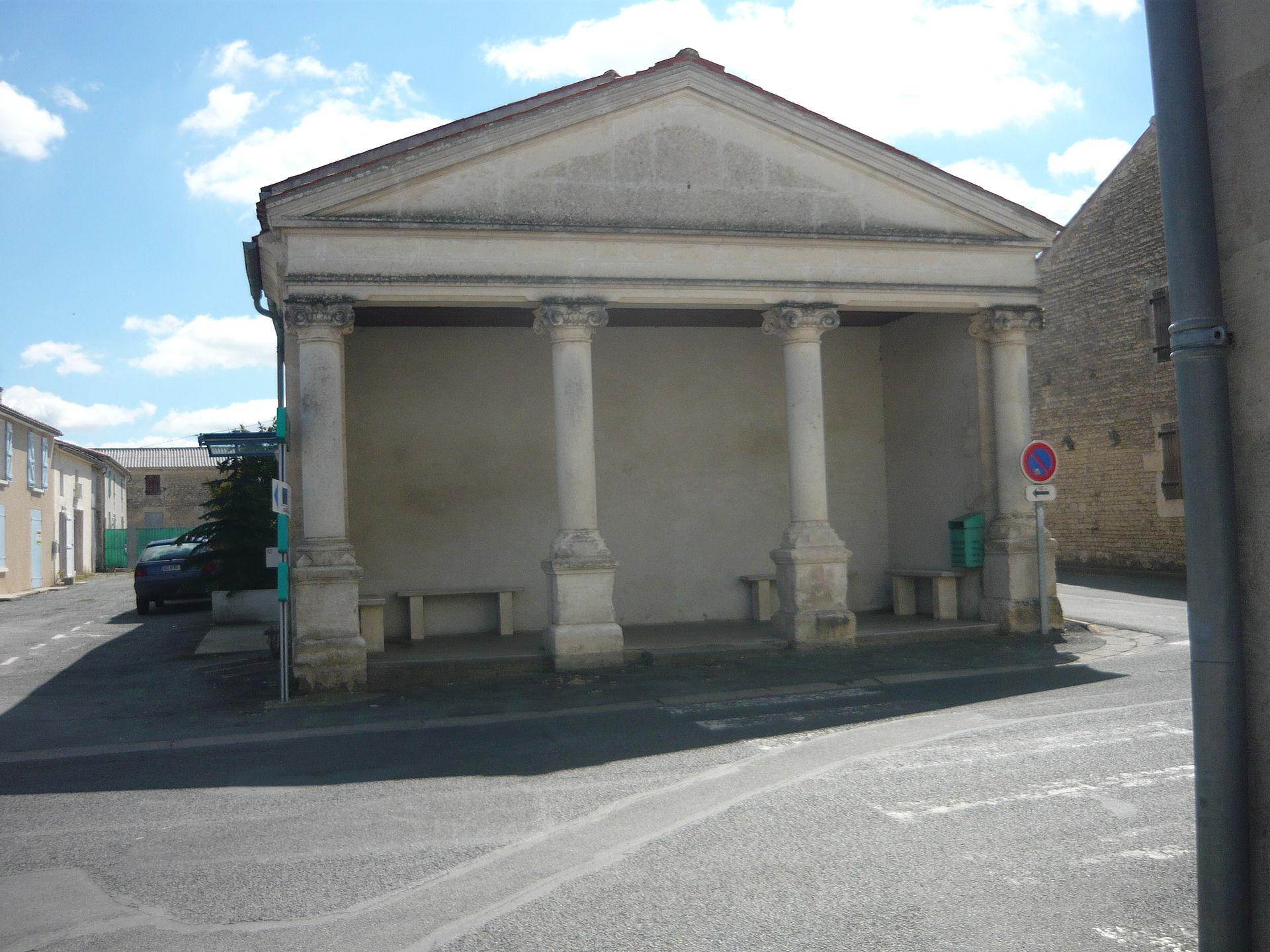SaintGeorgesduBois, CharenteMaritime  Wikipedia ~ Saint George Du Bois