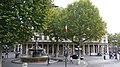 Paris, la place André-Malraux avec la fontaine.jpg