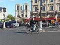 Paris 75005 Place Saint-Michel 20150927 no 1 towards Notre-Dame.jpg