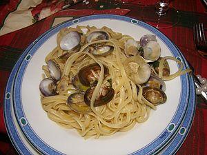 Spaghetti alle vongole, à Naples: spaghettis aux palourdes